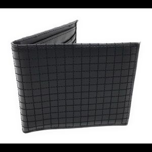Mens Leather Wallet  8 Slots Includes ID Window